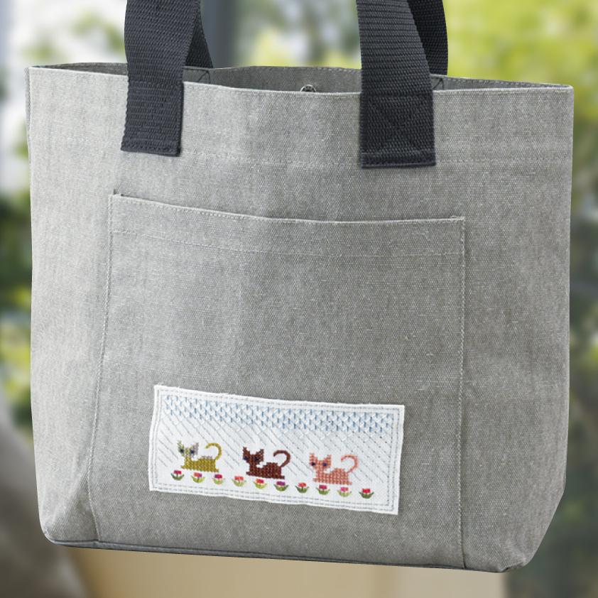 刺繍モチーフのバッグ